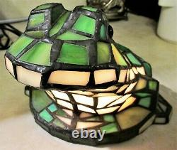 Bieye Tiffany-Style Stained Glass 10 Frog Accent Table Lamp