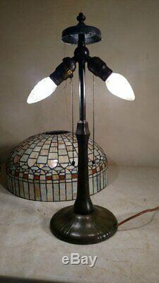 Handel lamp with stained/leaded glass shade