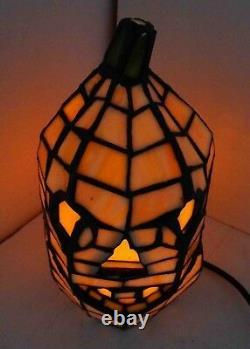 Jack-o-Lantern Pumpkin Stain Glass Accent Lamp 8.5 Halloween Decor 68100