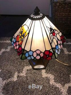 Rare Looney Tunes Lamp Bugs Bunny, Sylvester, Tweety Bird Tiffany Stained Glass