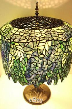 Table Lamp 3 Light Stained Cut Glass Tiffany Style Wisteria Metal Base 18x 27