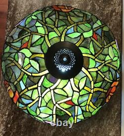 Tiffany Style Stained Glass Roses-Leaves Scalloped Edge Lamp Shade 18 x 11 1/2