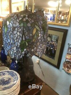Tiffany Style Wisteria Table Lamp Handcrafted Stained Glass Antique Design Metal