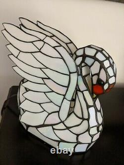 Tiffany-style Stained Glass Swan Table Lamp Night Light WORKS