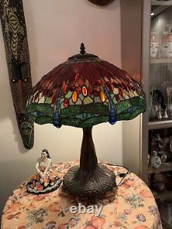 Vintage Tiffany Style Victorian Stained Glass Table Lamp 3 Bulb Dark Bronze Base